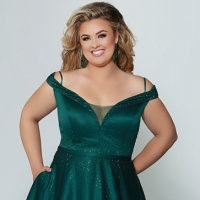 Prom 568 - Plus Sizes Only!